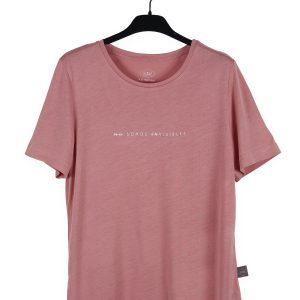 """Camiseta Rosa """"No somos invisibles"""""""