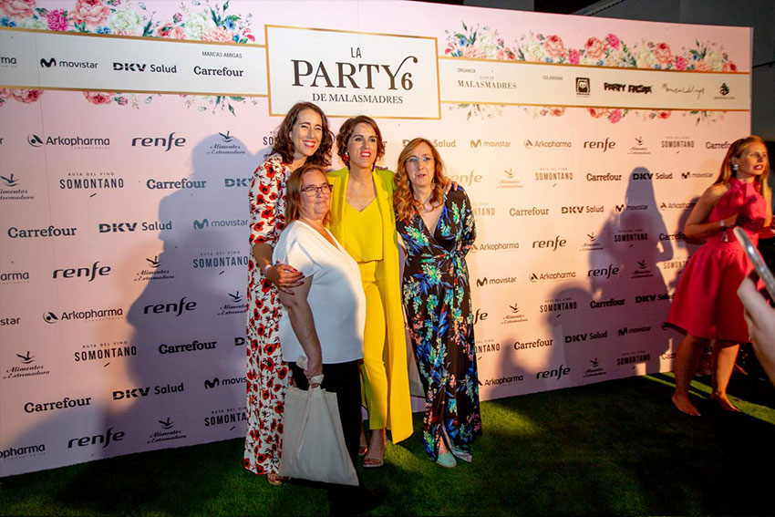 photocall-malasmadres-party-seis