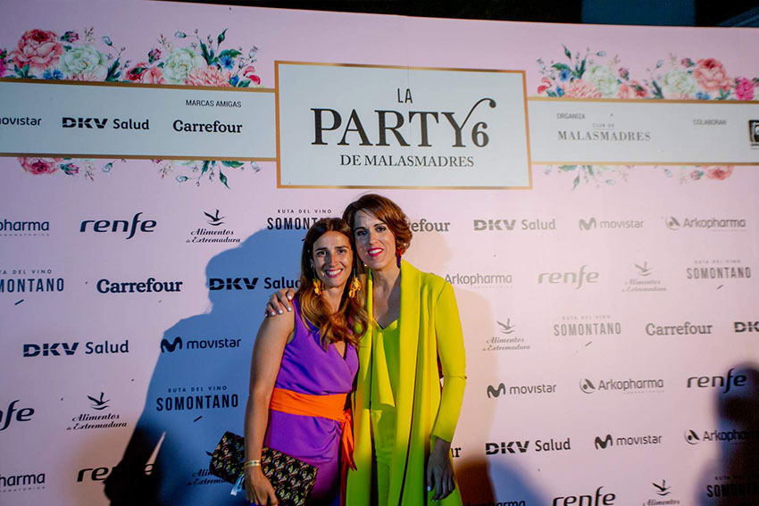 party-malasmadres-photocall-seis