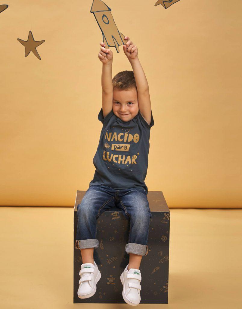 Camiseta de buenhijo 'Nacido para luchar'