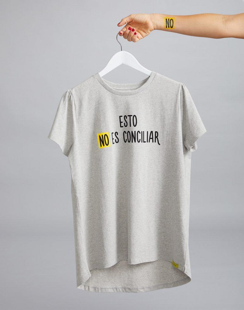 Camiseta gris 'Esto NO es Conciliar'
