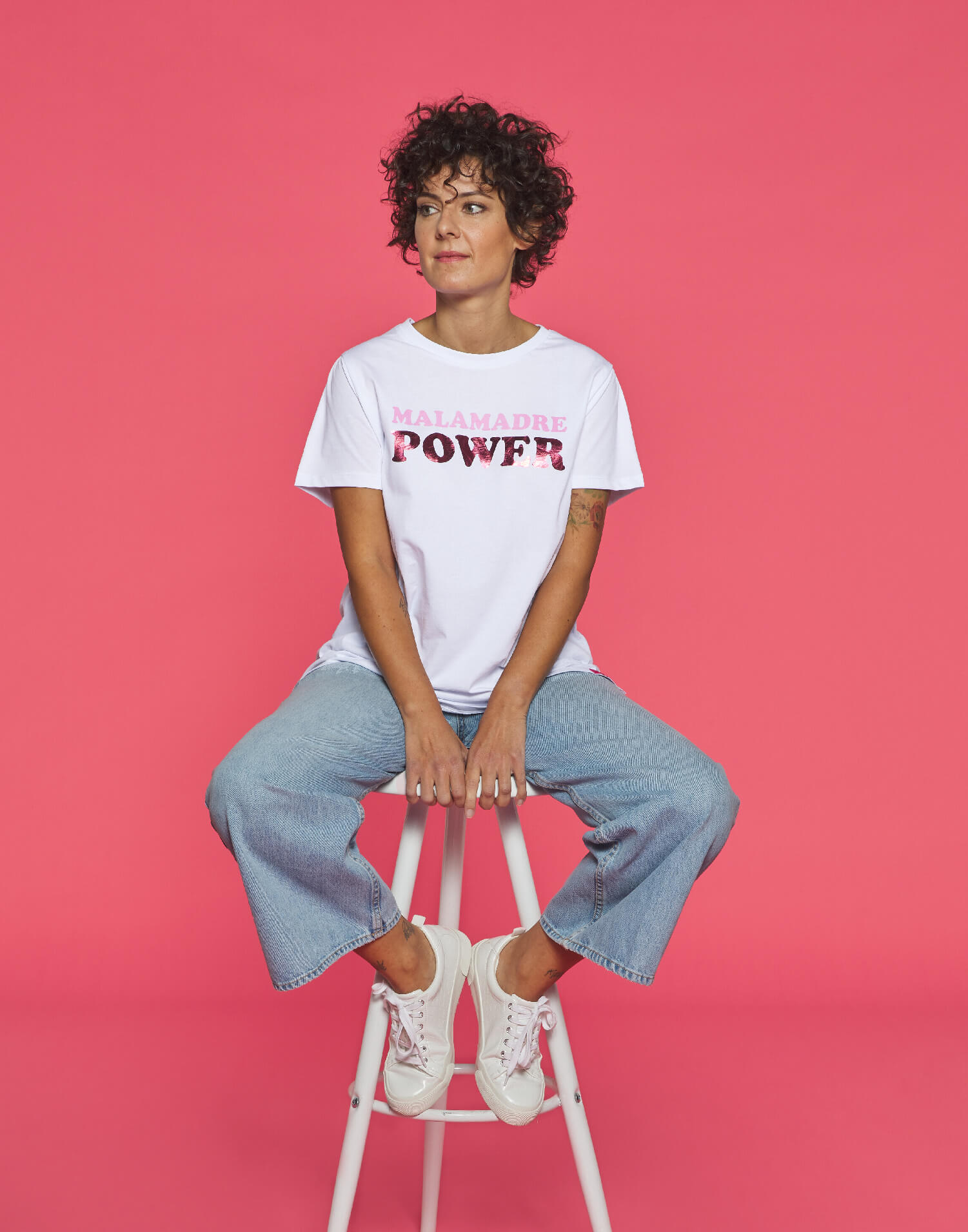 Camiseta blanca solidaria Malamadre Power