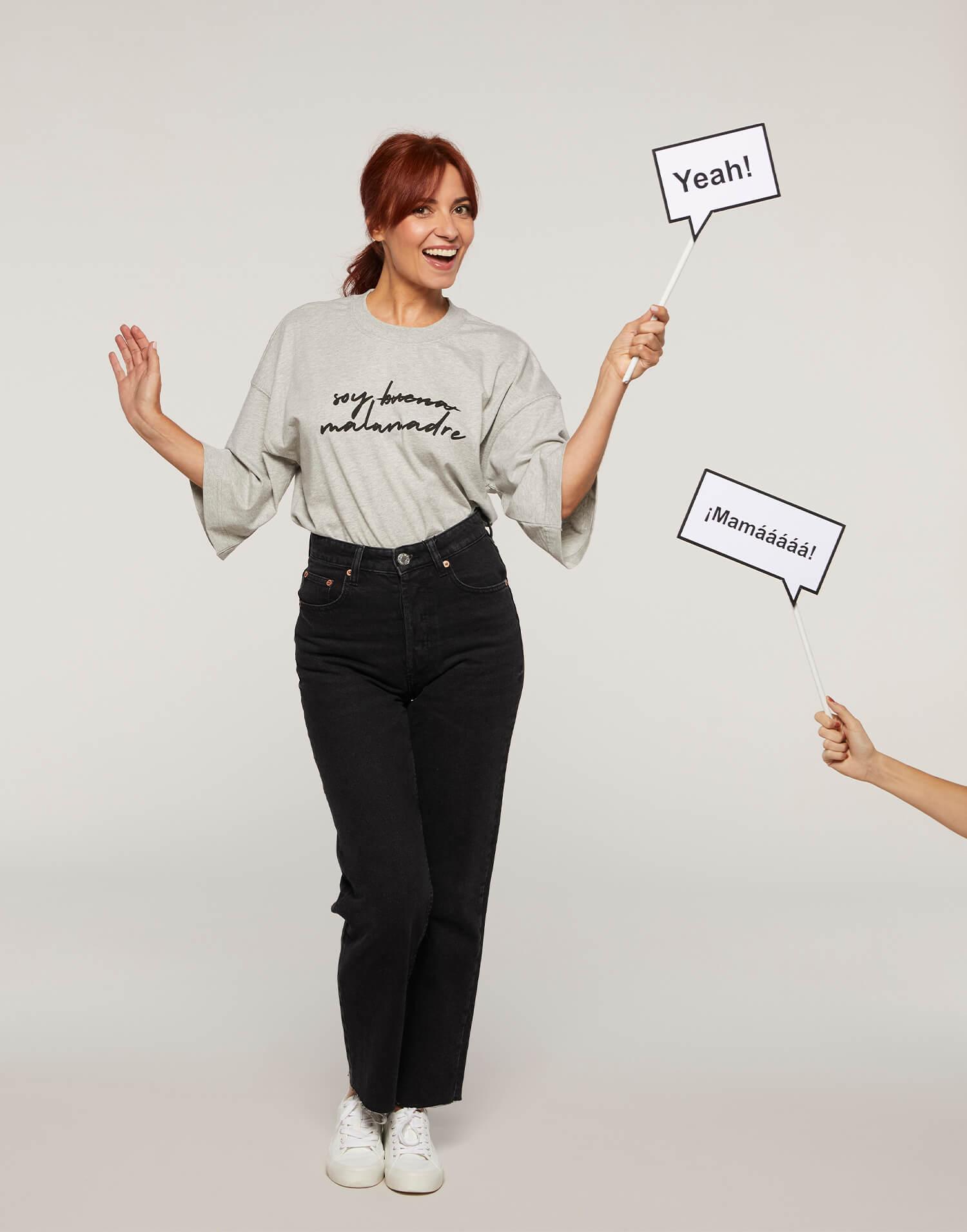 Camiseta gris 'Soy buena Malamadre'