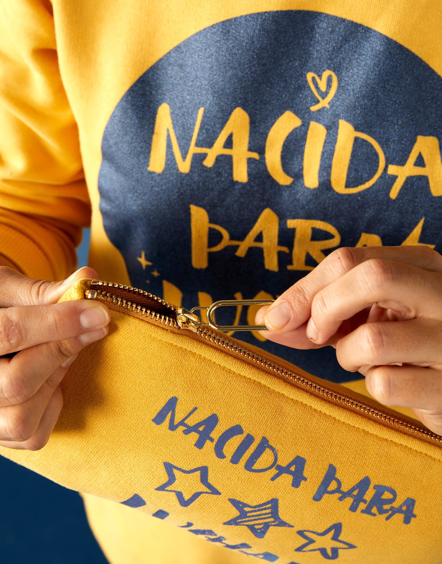 Bolso de mano 'Nacida para Luchar'