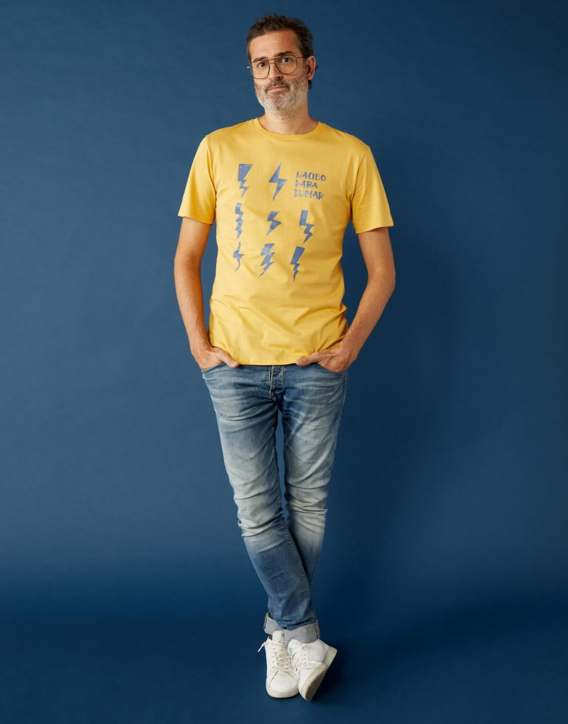 Camiseta buenpadre 'Nacida Para Luchar'