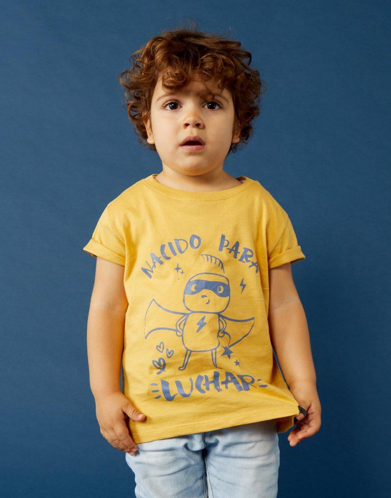 Camiseta buenhijo 'Nacida Para Luchar'