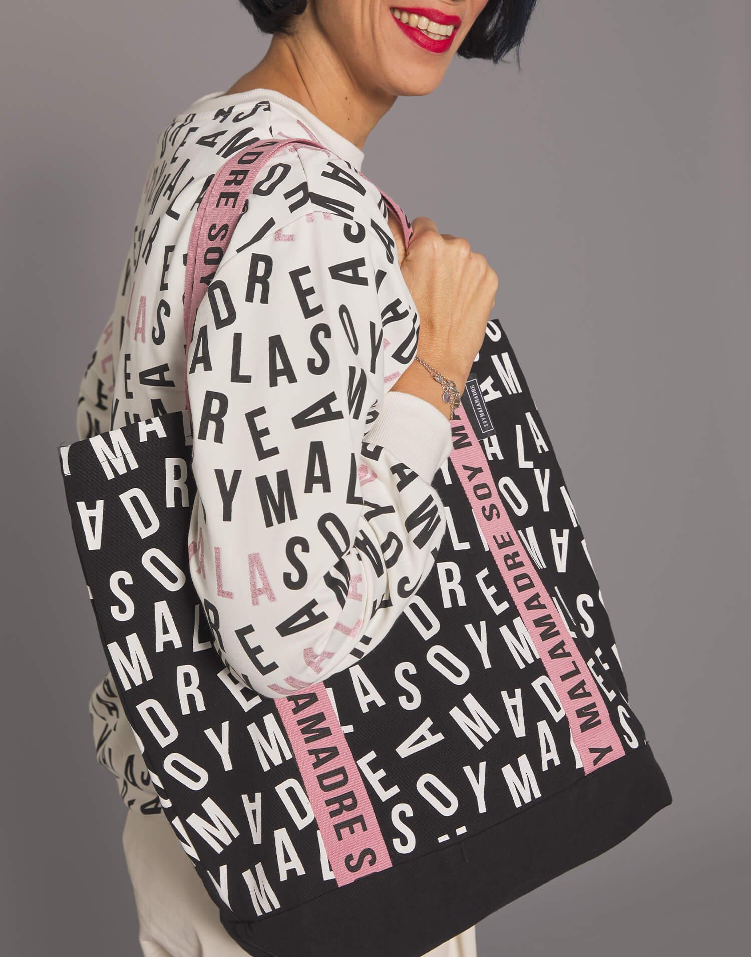"Tote bag negro letras ""Soy Malamadre"""