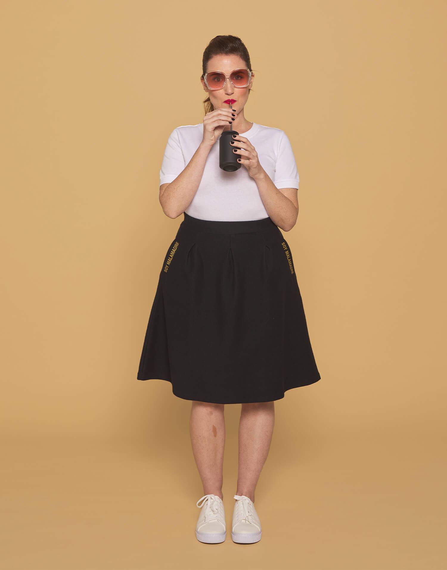 "Falda negra ""Soy Malamadre"""