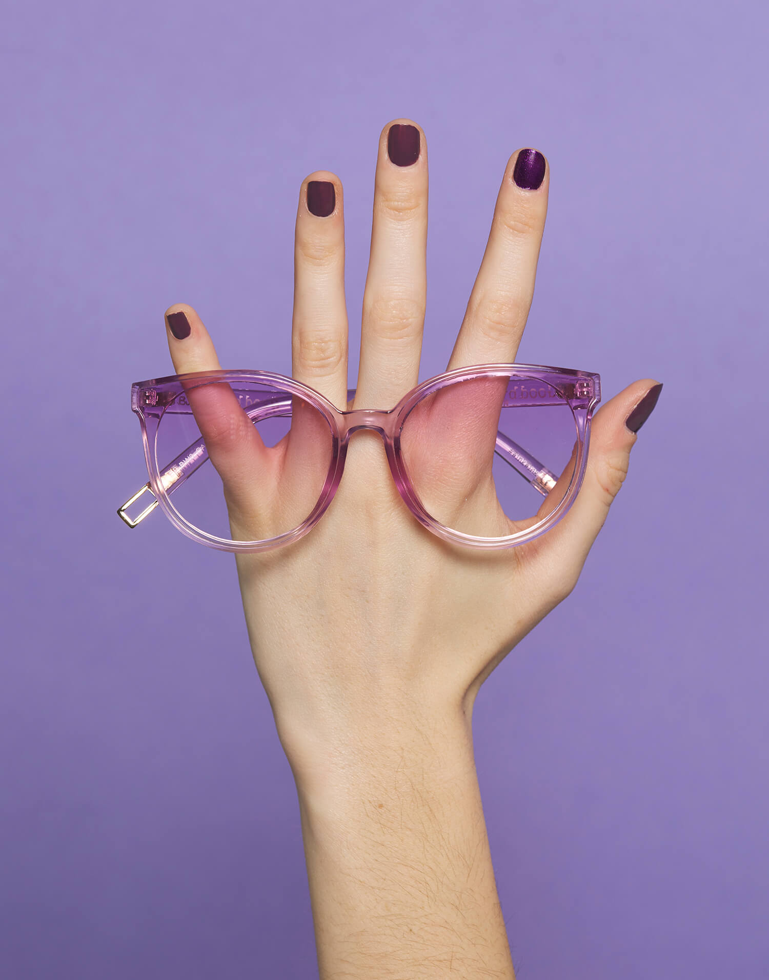 Gafas violetas feministas
