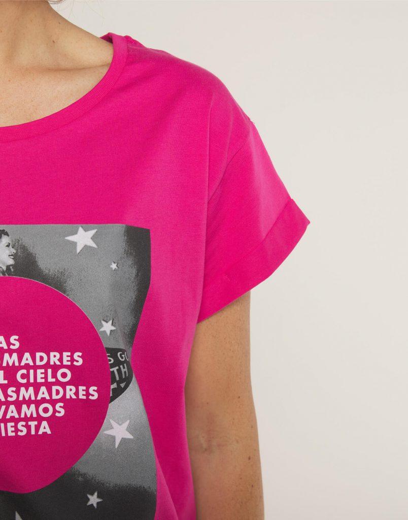 Camiseta 'Las buenasmadres van al cielo y las Malasmadres se van de fiesta'
