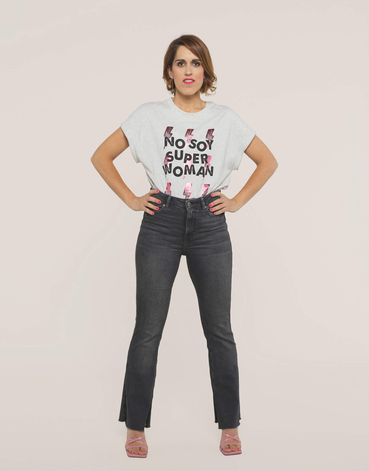 Camiseta rayos No Soy Superwoman ni quiero serlo